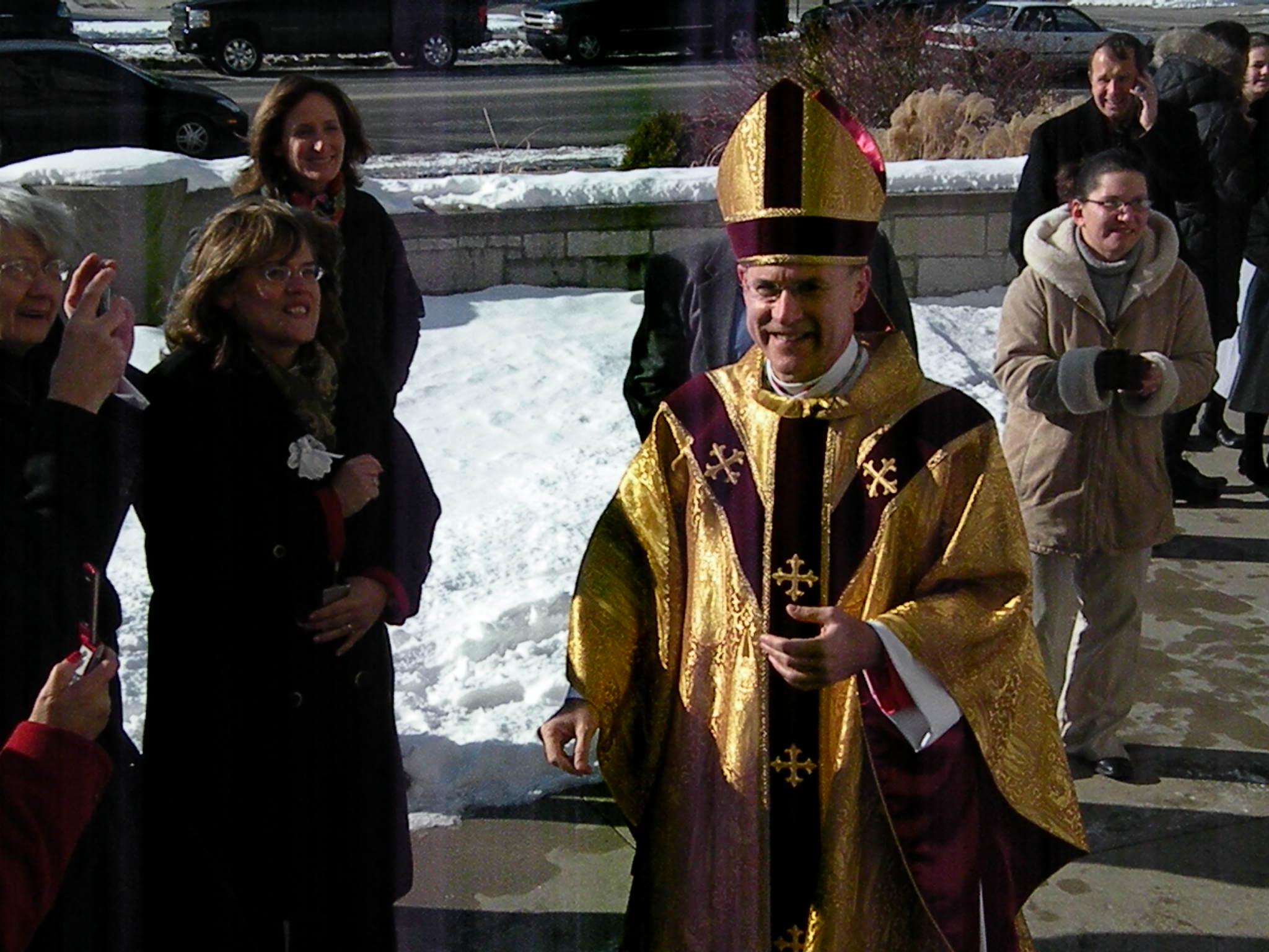 Bishop kevin c rhoades installed todays catholic dscn3380 kristyandbryce Image collections