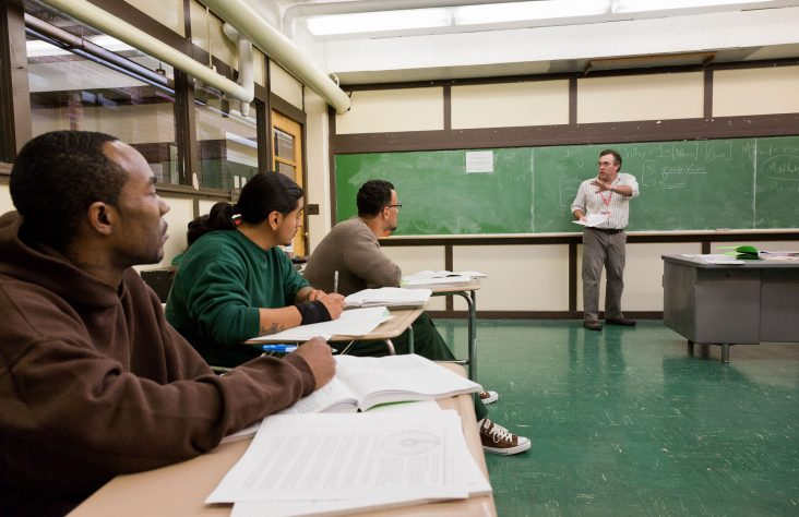 Notre Dame and Holy Cross educators bring knowledge and hope to Westville prisoners