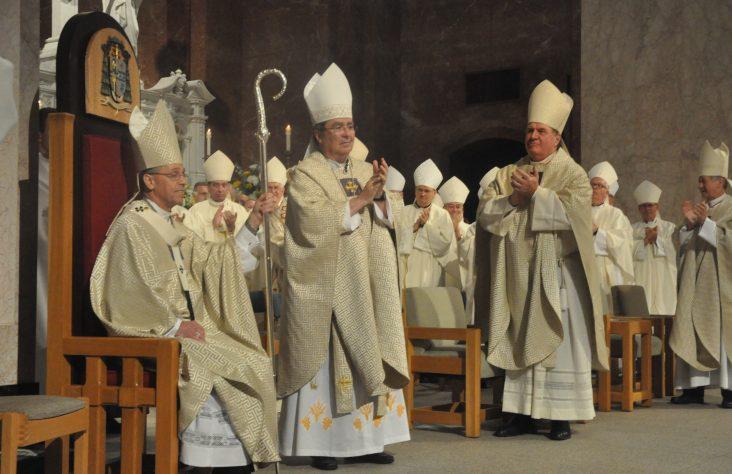 New archbishop of Indianapolis calls faithful to be 'bridges of unity'
