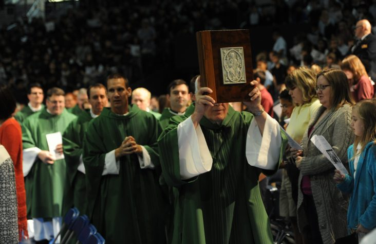 All-school Mass calls children to holiness