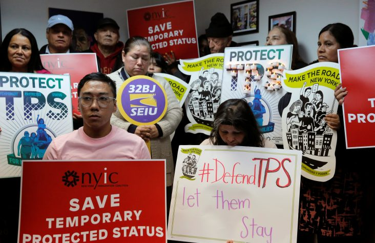 Catholic groups decry end of immigration protection for Salvadorans