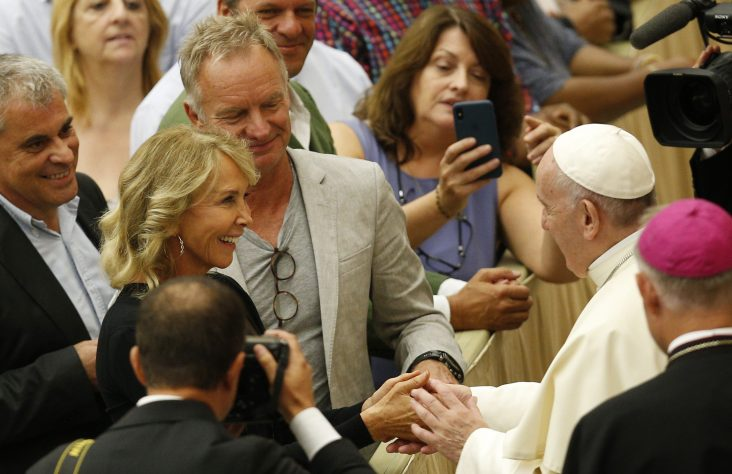 Fear, uncertainty lead to a 'do-it-yourself' religion, pope says