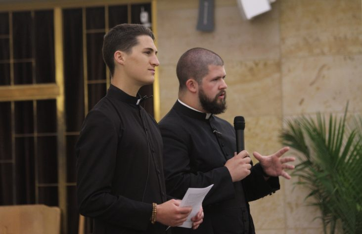 'The Lord is your anchor,' deacon, seminarian tell lay ministers