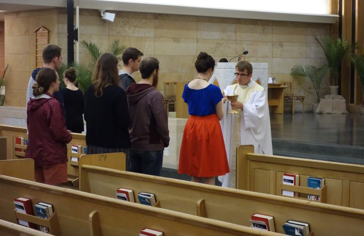 Cor Jesu ministry connects young adults spiritually, socially