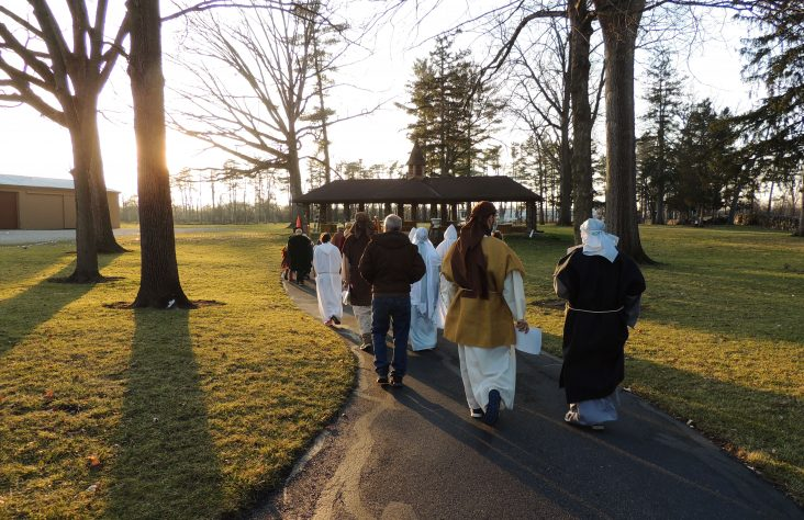 Living Nativity provides Advent hope in pandemic darkness