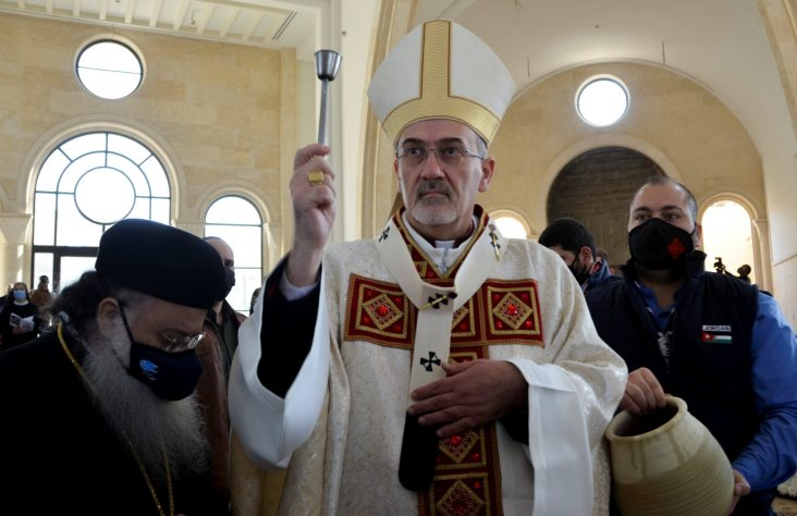 In Jordan, patriarch reaffirms baptismal site, Church's work with refugees