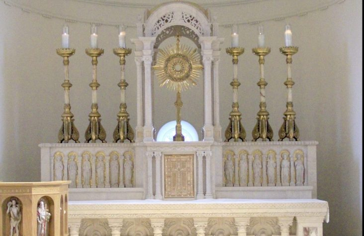 Adoration chapel invites visitors to spend time with the risen Lord