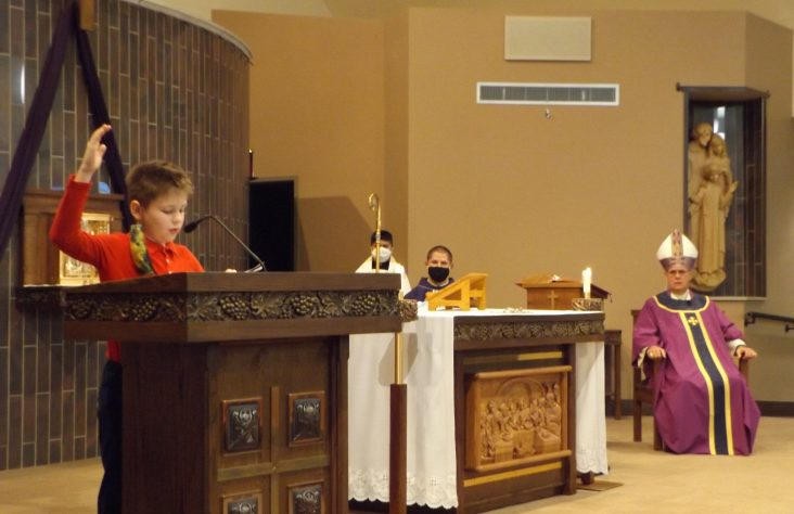 Sacred Heart celebrates eucharistic liturgy with Bishop Rhoades