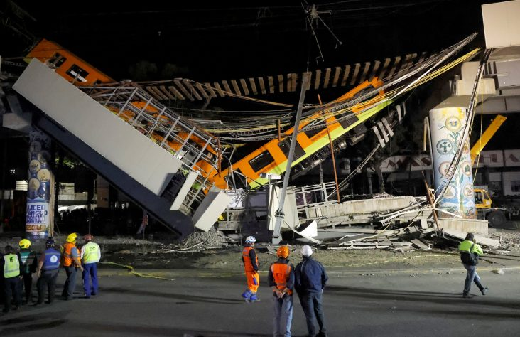 Church leaders offer prayers after Mexico City metro crash