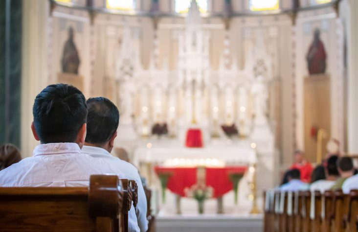 Adults complete initiation into Catholic Church