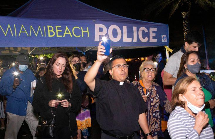 Youth at Florida Catholic parish help lead prayers, vigil following tragedy