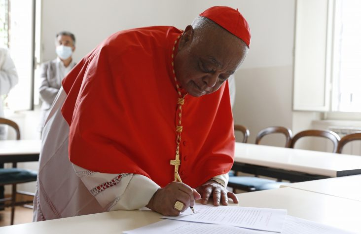 Cardinal Gregory seals his relationship with the Diocese of Rome