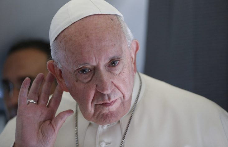 Pope chooses 'Listen' as theme for World Communications Day